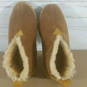L.L. Bean Shoes - L.L.Bean suede fur lined slipper moccasins